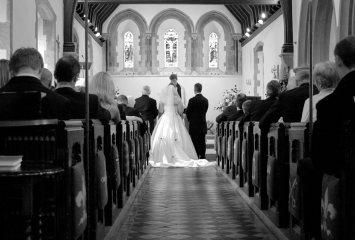 bridegroom-aisle